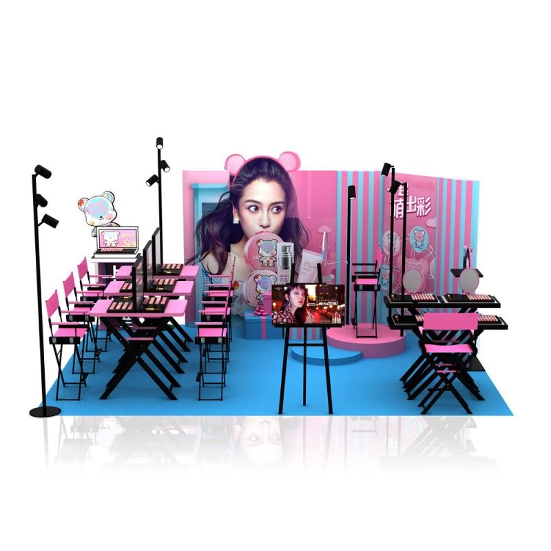 展柜厂家讲究化妆品陈列布局的审美原则